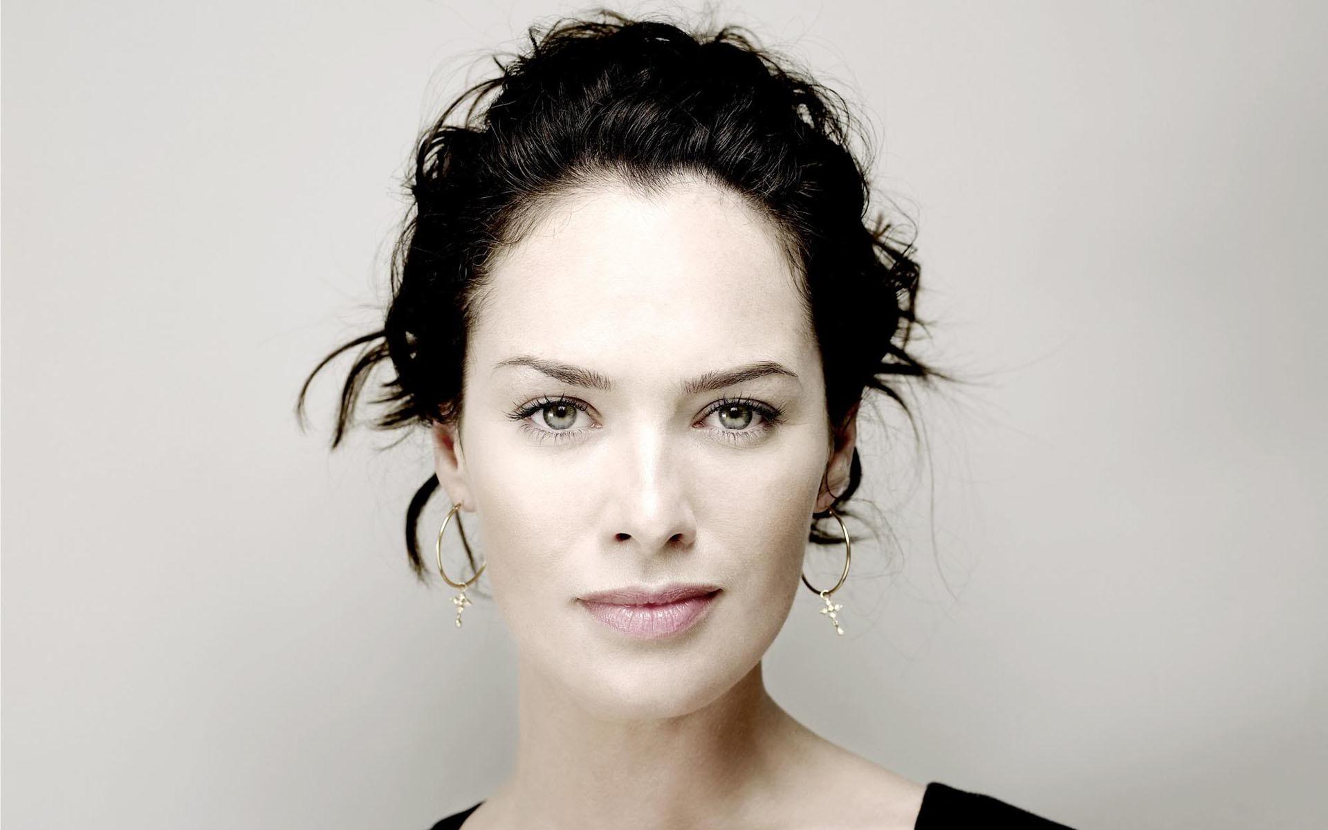 Diperankan oleh Lena Headey